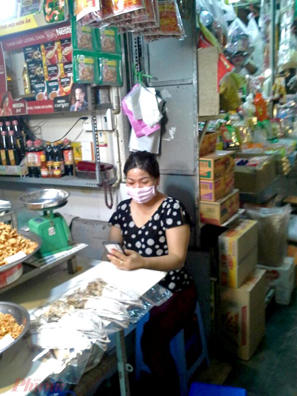 Tiểu thương hy vọng khi khởi động kinh doanh trở lại