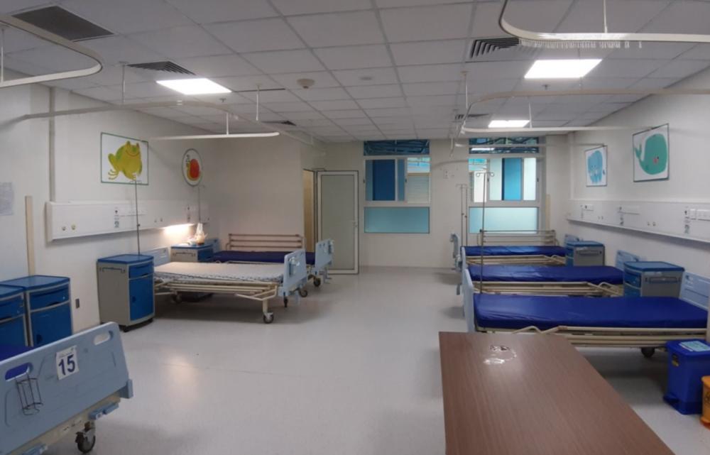 Khu vực nghỉ sau giờ làm việc cho nhân viên y tế trực tiếp chăm sóc bệnh nhân nhiễm COVID-19