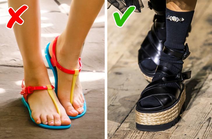 Bộ sưu tập Michael Kors, Gabriela Hearst, Anna Sui, Erdem và Valentino đề nghị bắt đầu một thập kỷ mới từ một điểm cao - hay đúng hơn là một nền tảng. Và càng cao thì càng tốt! Nếu bạn muốn có một kiểu giày thời trang nhất từ trước đến nay, tốt hơn hết là chọn một đôi có đế bằng mây.