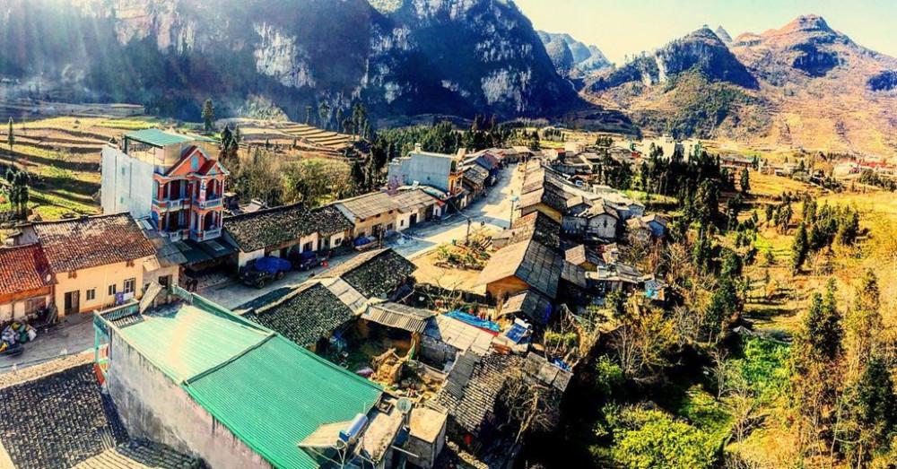 Toàn bộ thị trấn Đồng Văn bị phong tỏa