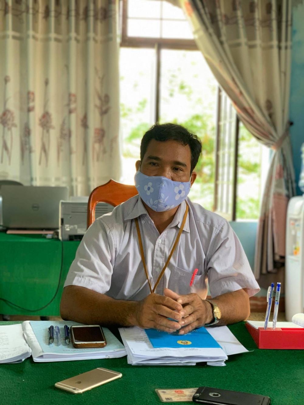 Ông Phạm Văn Tem - Chủ tịch UBND xã Ba Xa cho biết, lỗi này nằm ở bộ phận kế toán của xã và cơ quan chức năng đang vào cuộc, làm rõ