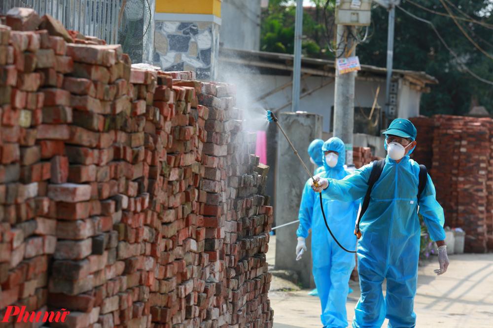 Việt Nam được lãnh đạo các nước và dư luận quốc tế đánh giá là một hình mẫu kiểm soát dịch bệnh có hiệu quả và mang lại thành công lớn.