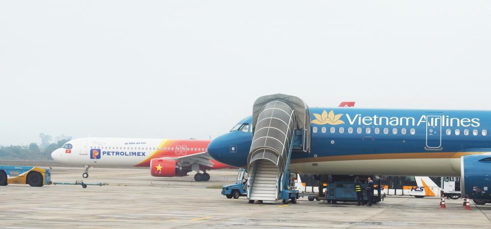 ục hàng không yêu cầu các hãng bay hoàn tiền vé, không thu bất cứ khoản phí nào đối với các chặng bay chưa được cấp phép. Ảnh minh hoạ