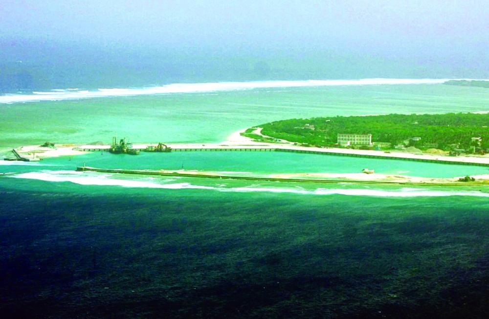 Trung Quốc tự ý bồi đắp và đặt tên cho nhiều thực thể tại Biển Đông, bao gồm cả khu vực quần đảo Hoàng Sa và Trường Sa - Ảnh: AFP