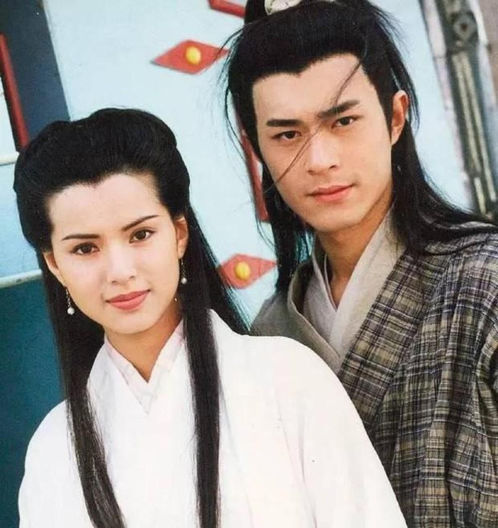 Cổ Thiên Lạc và Lý Nhược Đồng được yêu mến nồng hậu sau vai diễn Dương Quá và Tiểu Long Nữ trong Thần diêu đại hiệp phiên bản 1995