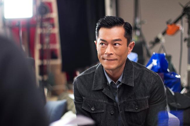Ngoài đầu tư cho sự nghiệp cá nhân, anh còn có nhiều hoạt động thiết thực hỗ trợ ngành điện ảnh Hồng Kông