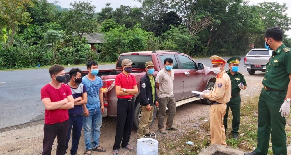 Bộ đội biên phòng Quảng Trị phối hợp với CGSG bắt giữ 6 công dân vượt biên trái phép trốn cách ly