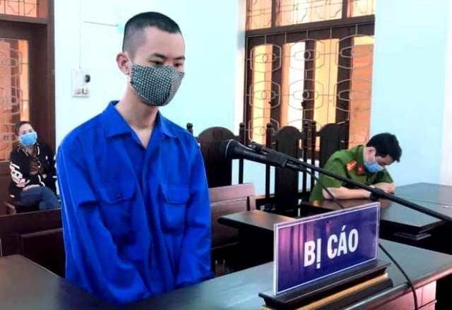 Bị cáo Phạm Văn Việt tại phiên tòa.