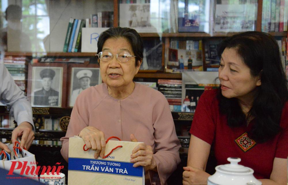 Bà Lê Thị Thoa -  phu nhân của thượng tướng Trần Văn Trà