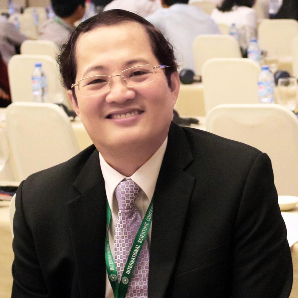 Bác sĩ Nguyễn Minh Quân