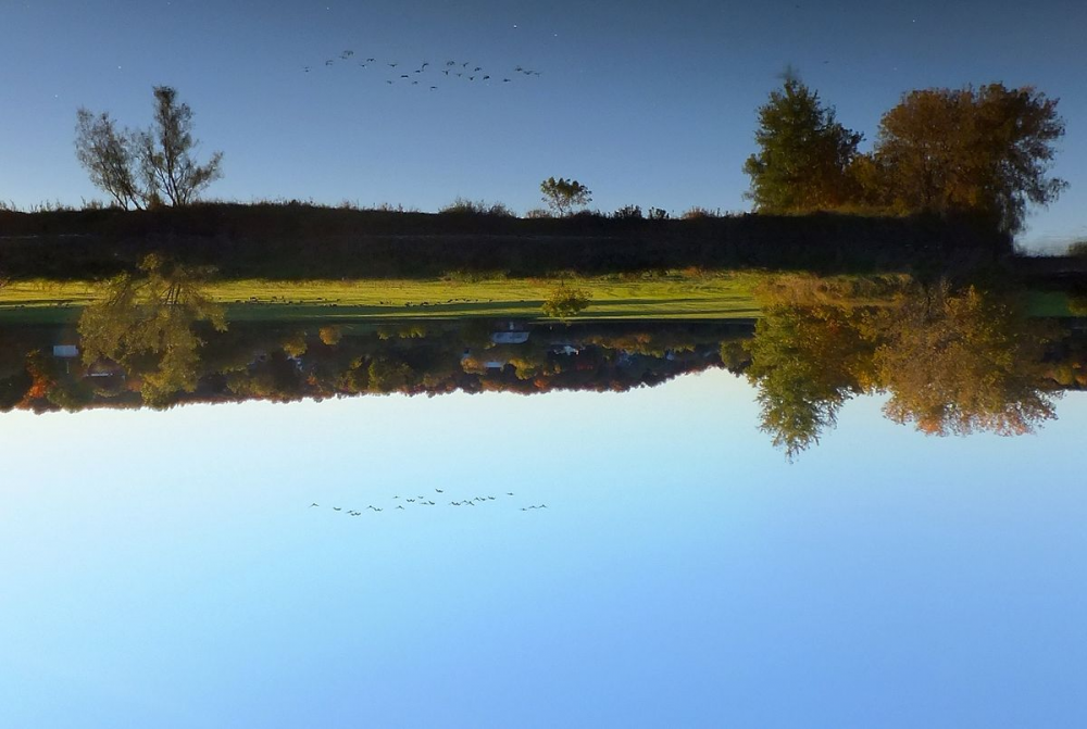 Ký ức tình yêu như phù sa của một con sông..