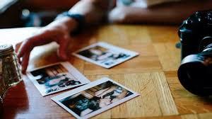 Phát hiện trong thẻ nhớ có nhiều hình ảnh nhạy cảm, Duyên đã dùng để buộc nạn nhân phải đưa 20 triệu đồng cho mình để xóa hình ảnh