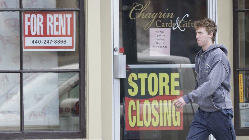 Hoạt động sản xuất và kinh doanh đình trệ,hàng triệu người Mỹ mất việc làm, đe dọa dẫn đến cuộc khủng hoảng tồi tệ nhất lịch sử nước Mỹ.