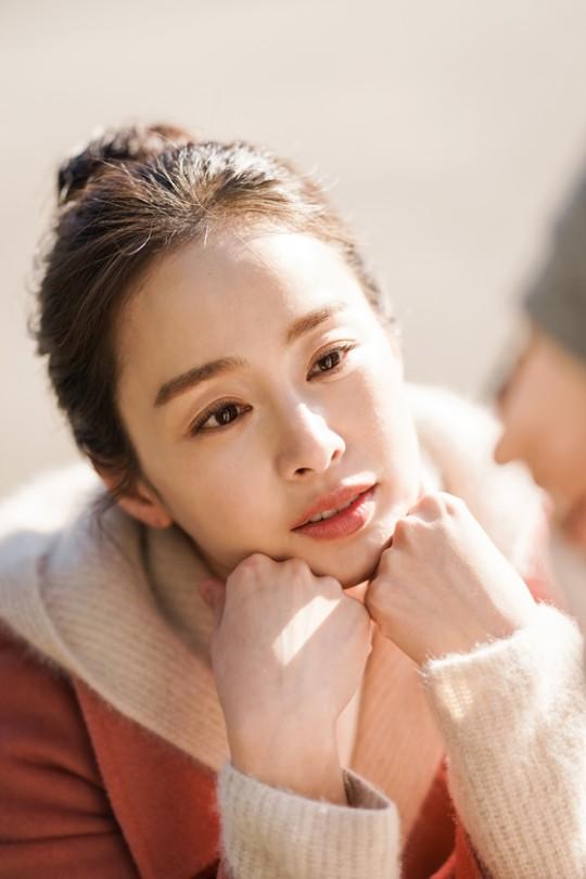 Nét đẹp thuần khiết của Kim Tae Hee trong 'Hi bye, mama'.