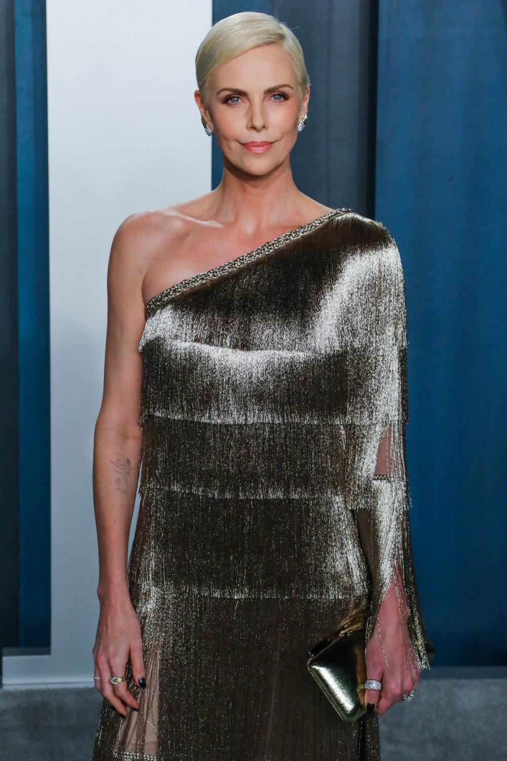 Charlize Theron ở tuổi 44 với ngoại hình rạng rỡ và tài năng được tất cả mọi người công nhận.