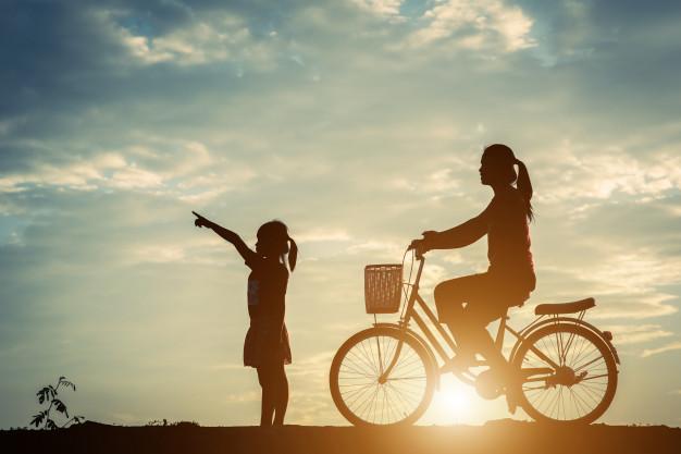 Nếu muốn làm mẹ, hãy làm mẹ, đừng ngại ngần. Bản năng làm mẹ sẽ dẫn bạn qua tất thảy khó khăn... Ảnh minh hoạ