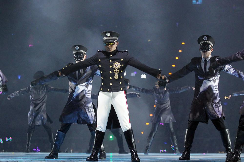 Mỗi đêm diễn của Quách Phú Thành đều thu hút hơn chục nghìn khán giả