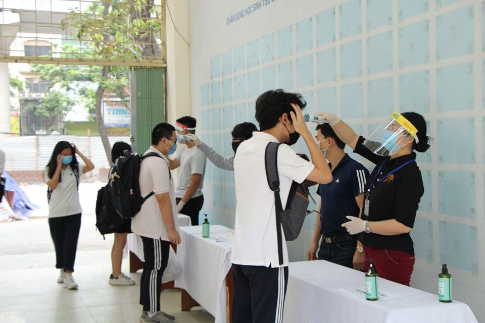 Hà Nội thực hiện nghiêm công tác phòng chống dịch trong các nhà trường, khi học sinh đi học lại