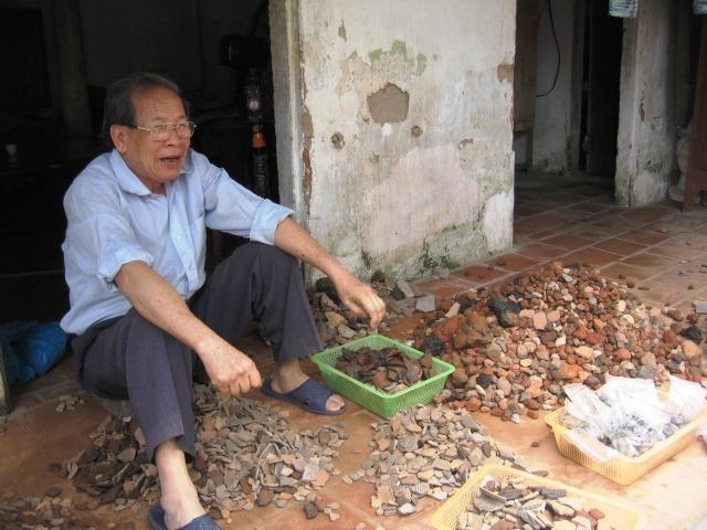 PGS.TS.NGND Hán Văn Khẩn - Ảnh: FB Tien Dong Nguyen