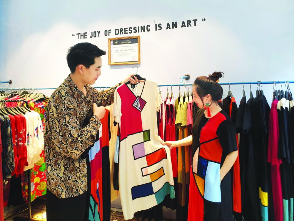 Sự đón nhận của khách hàng giúp nhà thiết kế Cường Nguyễn tự tin hơn với giấc mơ đưa O+ ra thị trường quốc tế