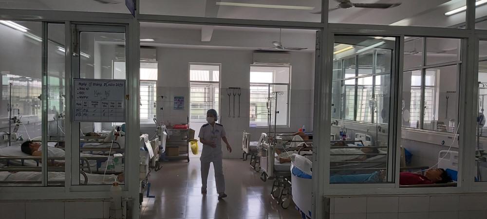 Sau khi mua đồ chay ở chợ về ăn, 133 người tại TP Đà Nẵng phải nhập viện nghi bị ngộ độc thức ăn