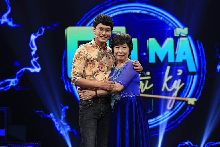 Ca sĩ Tống Hạo Nhiên luôn ấn tượng với nghị lực, sự mạnh mẽ của mẹ