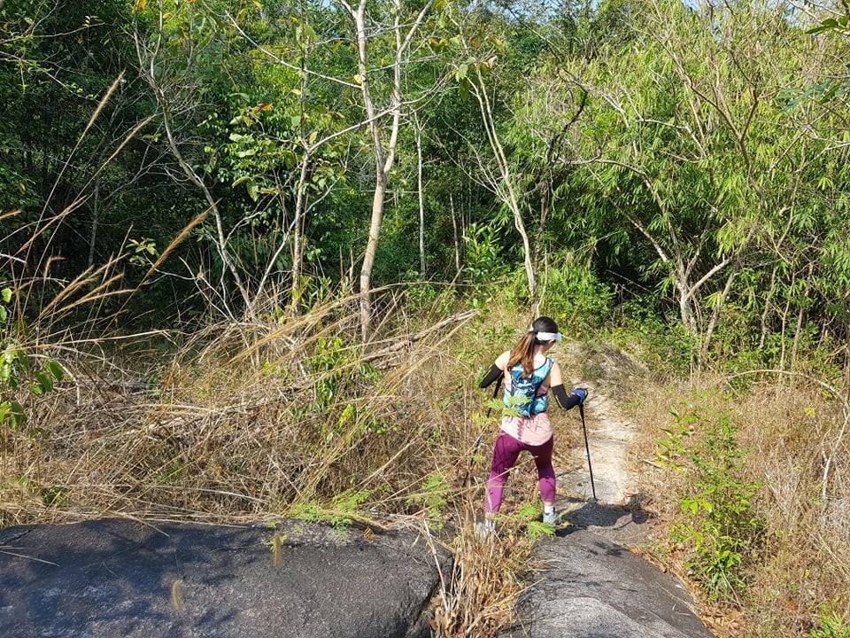 Chinh phục  núi Dinh để rèn luyện sức khỏe và có những trải ngheiẹm đáng nhớ ngày cuối tuần