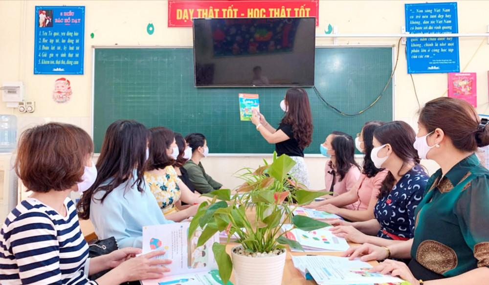 Các trường chọn sách giáo khoa lớp Một cho năm học 2020-2021 - Ảnh minh họa