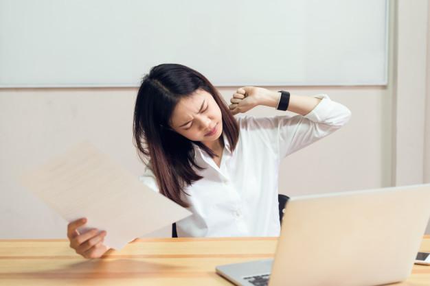 Phụ nữ độc thân thường phải làm việc nhiều hơn, cống hiến nhiều hơn. Ảnh minh họa