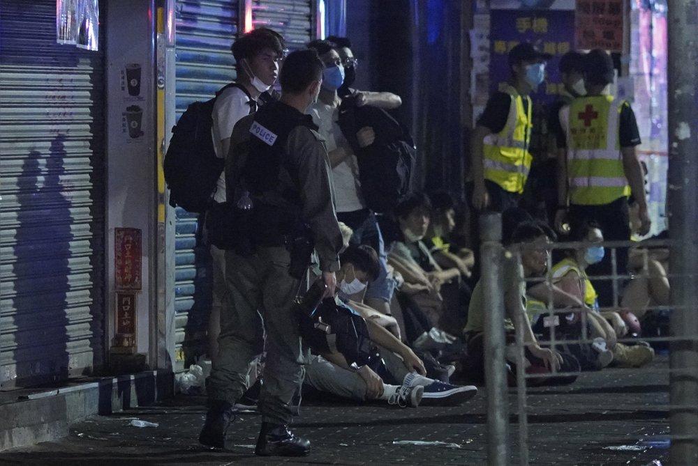Sau khi dịch COVID-19 suy giảm, các cuộc biểu tình ở Hong Kong bắt đầu tiếp diễn.
