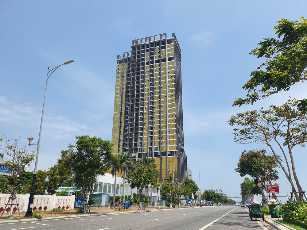 Tổ hợp khách sạn và căn hộ P.A Tower do công ty CP PAVNC làm chủ đầu tư tại lô A2.2 đường Như Nguyệt