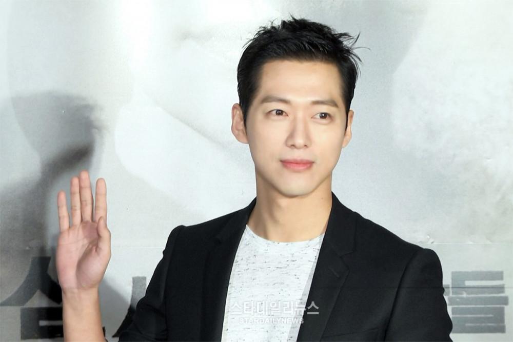 Nam Goong Min nổi tiếng là nam thần ác nhất màn ảnh nhỏ xứ kim chi.
