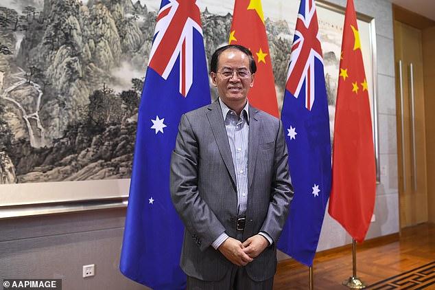 sứ Trung Quốc tại Úc - Jingye Cheng - cảnh báo rằng người tiêu dùng Trung Quốc sẽ quay lưng với hàng hóa Úc.