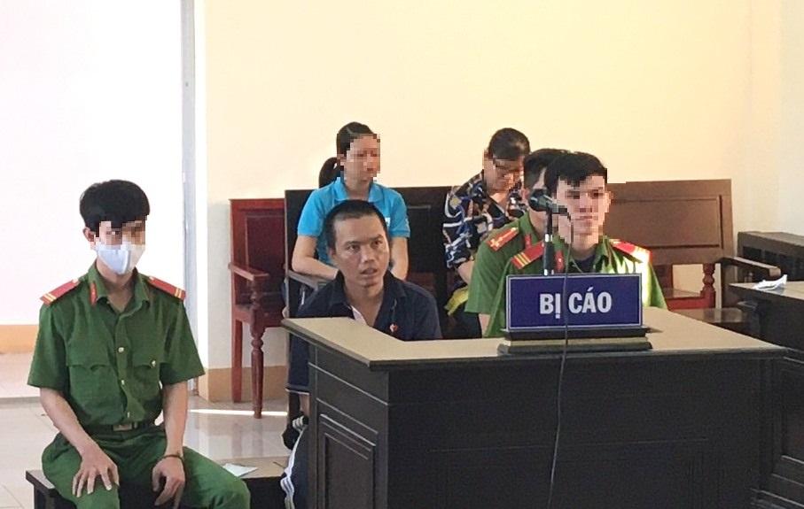Trần Hoàng Duy tại phiên tòa