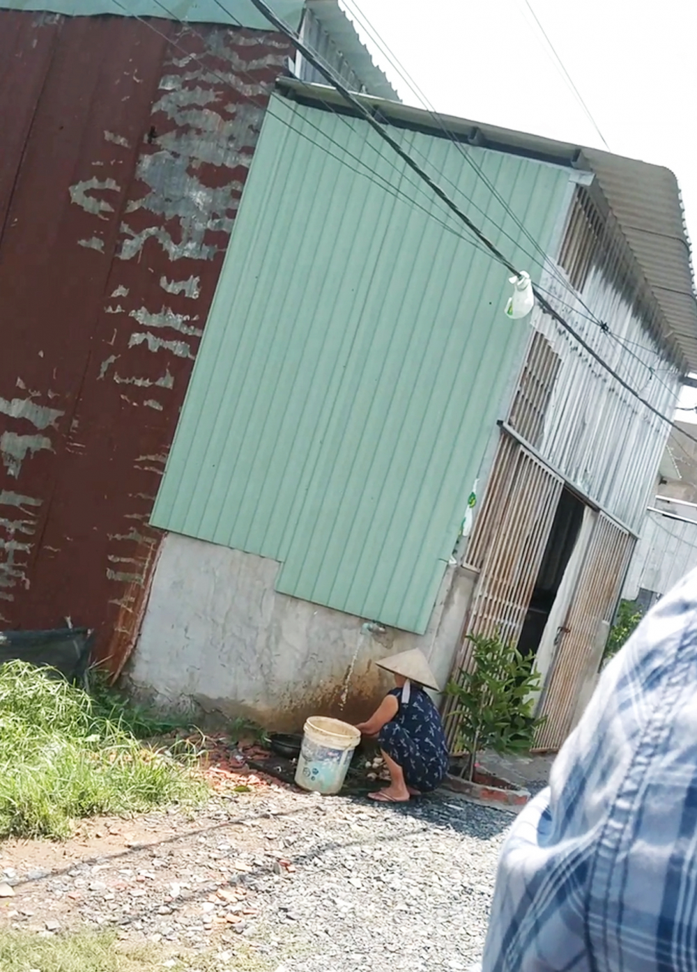 Một căn nhà ngoài tôn, trong bê tông ở ấp 4, xã Vĩnh Lộc A được ra giá 1,7 tỷ đồng