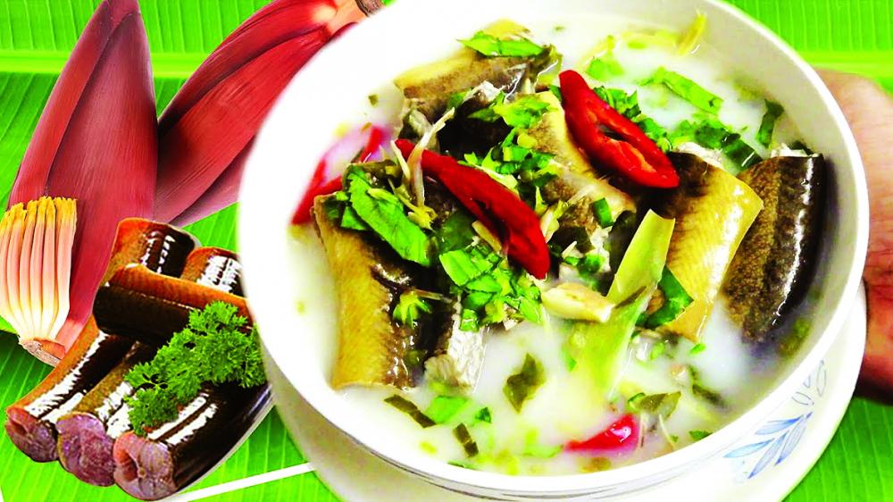 Canh chua lươn bắp chuối non nấu mẻ
