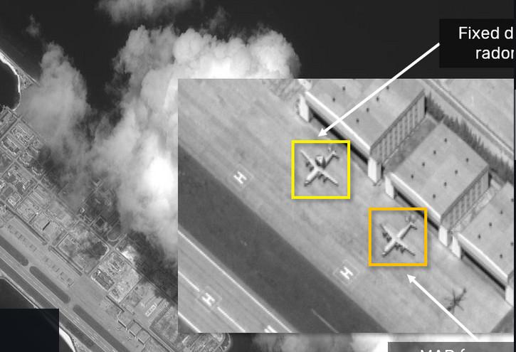 Hình ảnh ISI công bố cho thấy máy bay do thám KJ-500 và KQ-200 xuất hiện ở Đá Chữ Thập thuộc quần đảo Trường Sa của Việt Nam