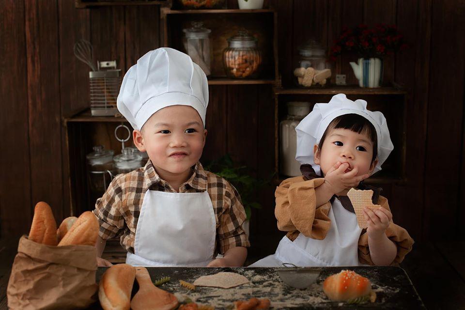 Gia tài của vợ chồng Việt là 2 con cực kỳ xinh xắn dễ thương (Ảnh nhân vật cung cấp)