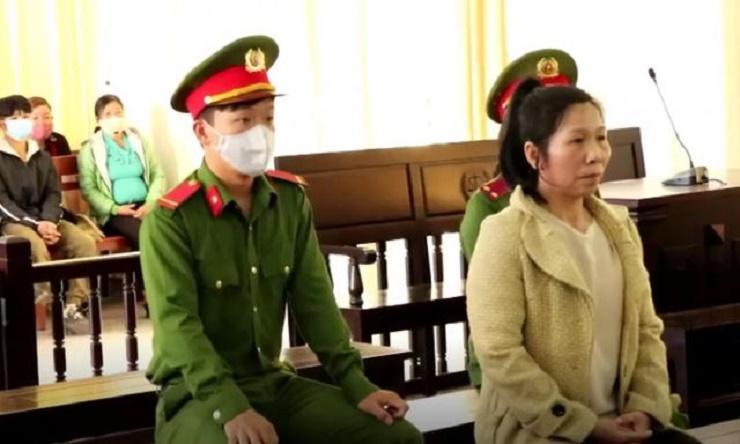 Bị cáo Nghiêm Thị Nhi tại phiên tòa