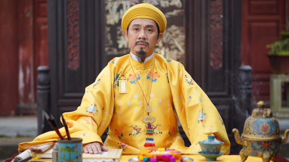 NSƯT Thành Lộc vào vai vua Thiệu Trị.