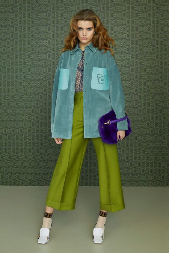 Mẫu quần culottes của thương hiệu Fendi.