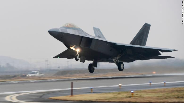 Trước vụ tai nạn, không quân Mỹ chỉ có 183 chiếc F-22 trong kho vũ khí, và loại máy bay này đã ngừng sản xuất từ năm 2011.