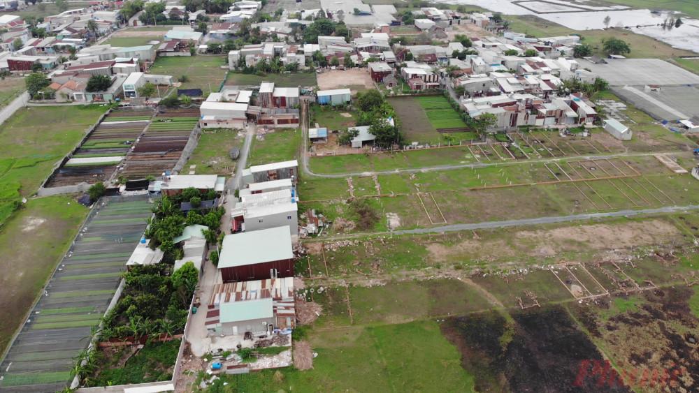 Nhà không phép mọc lên như nấm ở xã Vĩnh Lộc A, huyện Bình Chánh