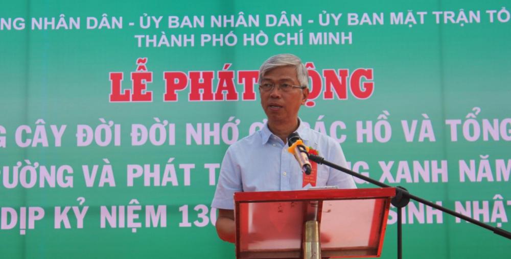 Ông Võ Văn Hoan đề nghị người dân thành phố cùng chung tay xây dựng Thành phố Xanh- Thân thiện môi trường.