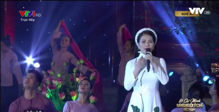 Tiết mục Người mẹ làng sen tại đầu cầu truyền hình Nghệ An