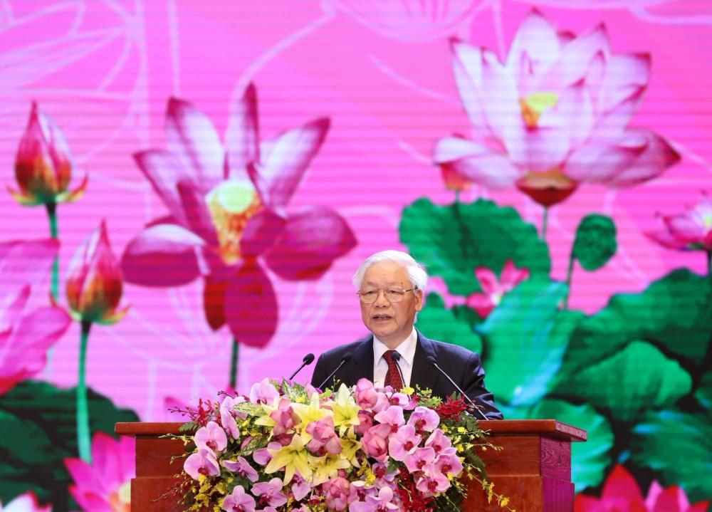 Nguyện kế tục trung thành và xuất sắc sự nghiệp vĩ đại của Chủ tịch Hồ Chí Minh. Ảnh VGP/Nhật Bắc