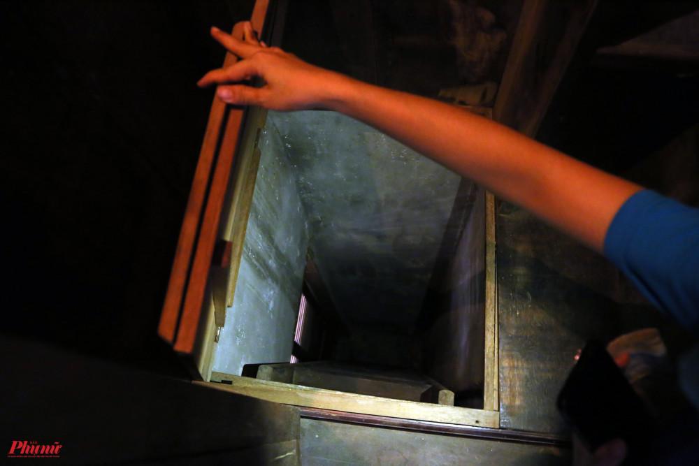Căn hầm nằm trong tủ đựng đồ