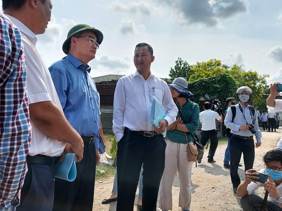 Đoàn thị sát trật tự xây dựng ở huyện Bình Chánh ngày 17/5 do Bí thư Nguyễn Thiện Nhân dẫn đầu