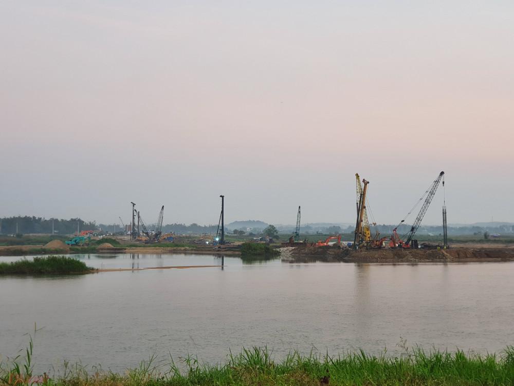 Dự án đập dâng hạ lưu sông Trà Khúc đang trong quá trình triển khai xây dựng