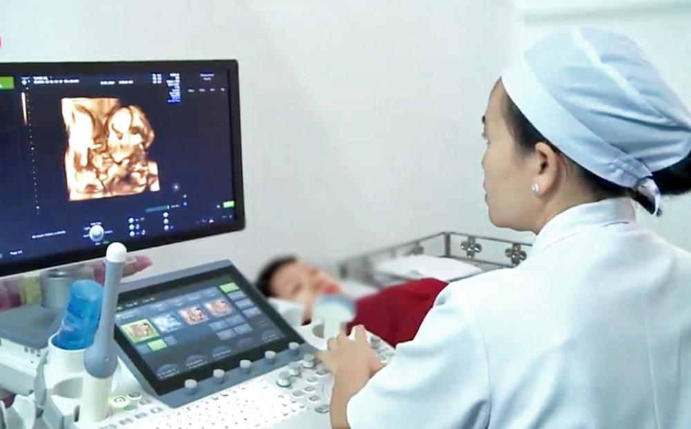 Để có thai kỳ an toàn, thai phụ cần phải khám bệnh nền, chứ không chỉ dựa vào siêu âm thai